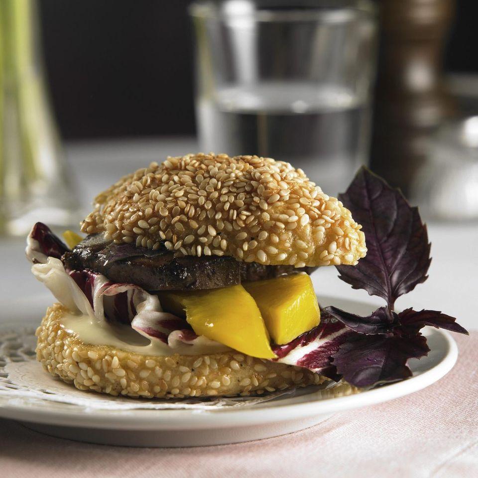 Mini-Burger mit Geflügelleber