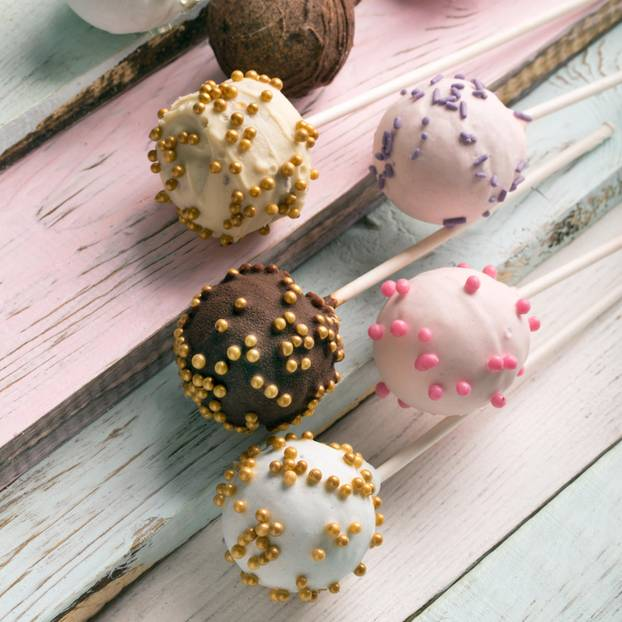 Cake-Pops mit Streuseln