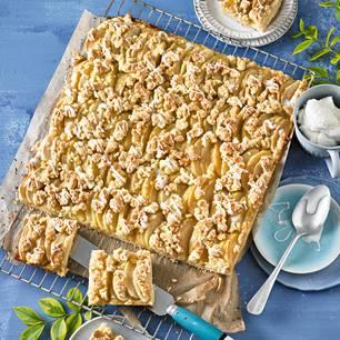 Die 65 beliebtesten BRIGITTE-Rezepte aller Zeiten: Apfel-Streusel-Kuchen