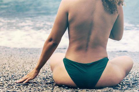 Instagram: Curvy Frau am Strand