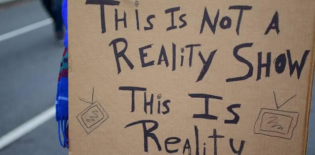 Die besorgniserregenden Folgen von Reality TV für Jugendliche