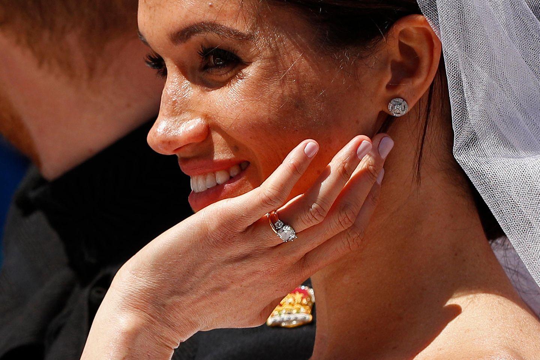 Herzogin Meghan: Hat sie ihren Verlobungsring ändern lassen?
