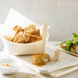 Asia-Steinbeißer mit Erdnussdip