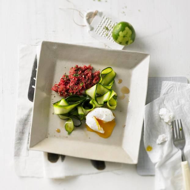 Beef Tatar mit Zucchini