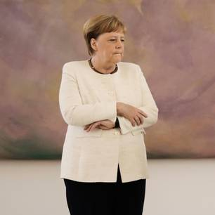 Angela Merkel und Frank-Walter Steinmeier im Schloss Bellevue