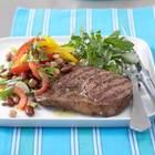 Hülsenfrüchte-Salat mit gegrilltem Steak