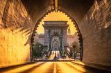 Reiseziele für Mädelstrips: Brücke in Budapest