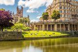 Reiseziele für Mädelstrips: Panorama der Stadt Bath