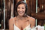 Pennsylvania: Schmetterlinge rühren bei Hochzeit zu Tränen: Die Braut mit einem Schmetterling in ihren Haaren