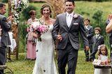Pennsylvania: Schmetterlinge rühren bei Hochzeit zu Tränen: Das Brautpaar auf dem Weg zur Trauung