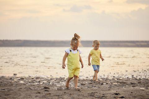 Wenn sich ein Kind am Strand verletzt: Darauf muss man achten!