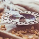 Wirkung von Weihrauch: Weihrauchharz geräuchert