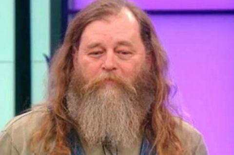 Seit Jahrzehnten unrasierter Bart: Sein Make-Over endet in Tränen