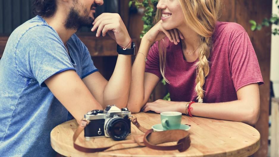 Attraktivität spielt beim ersten Date eine große Rolle.