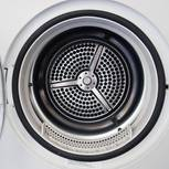 Waschmaschine entkalken: leere Waschmaschine