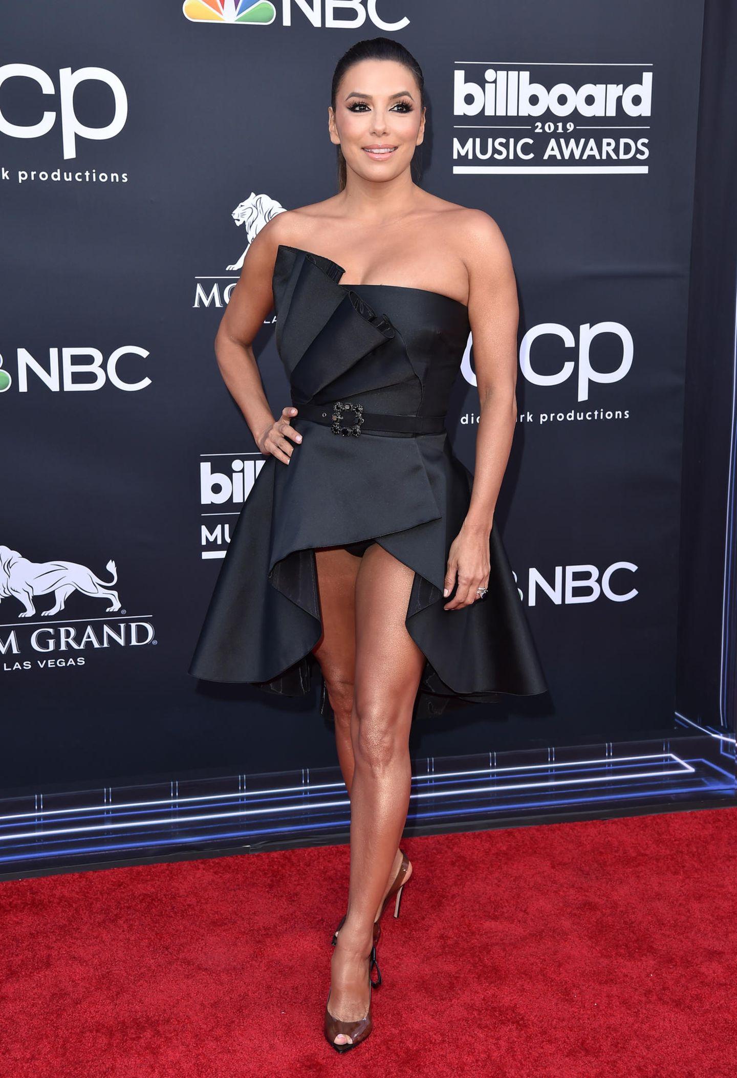 Eva Longoria bei den 2019 Billboard Music Awards mit Hosenblitzer