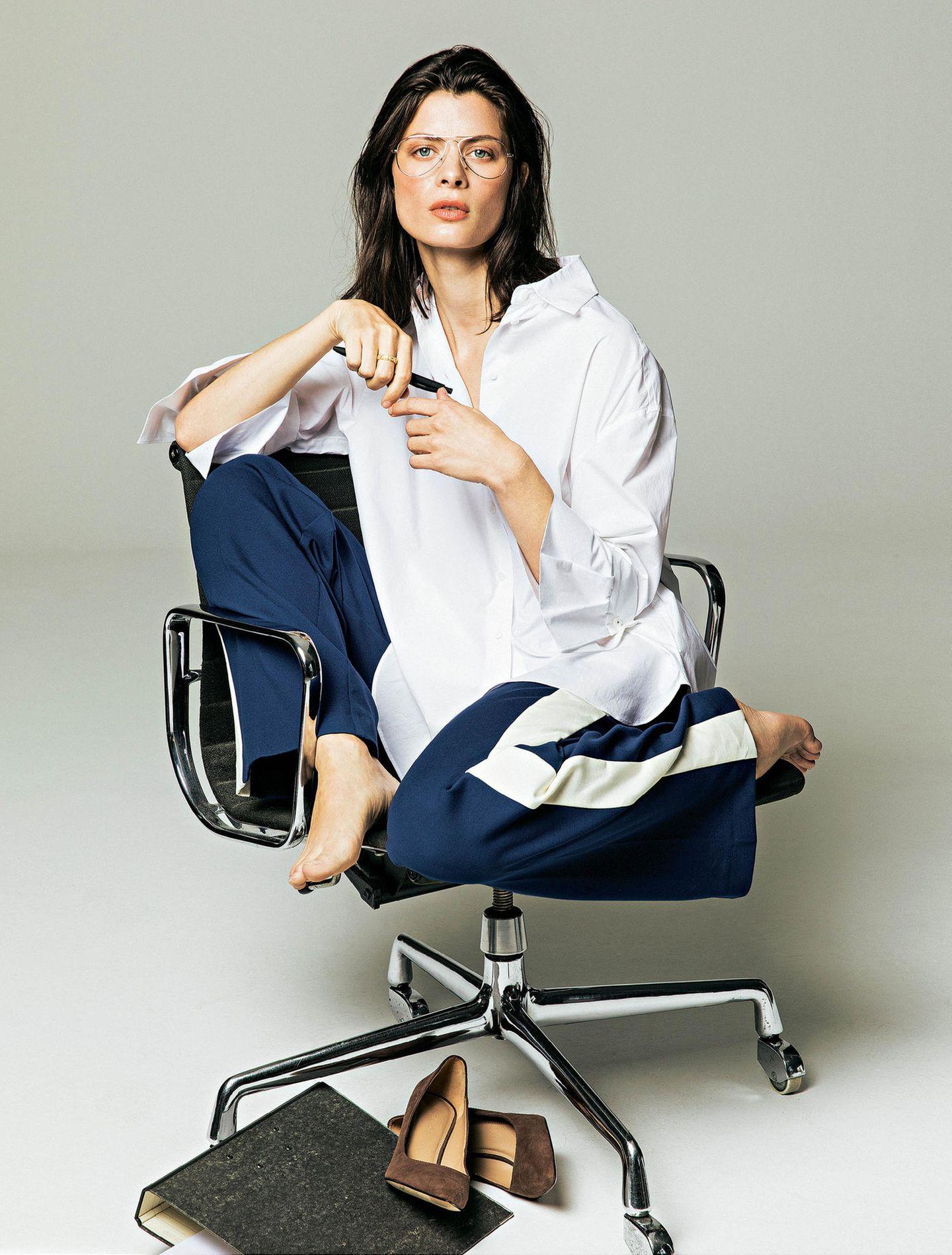 Büro-Looks: Die weiße Bluse