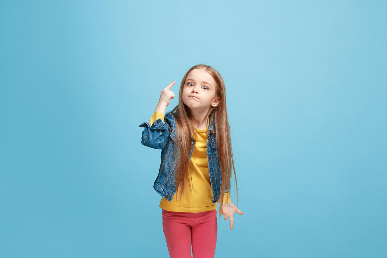 Hedvig Montgomery: Kleines, aufmüpfiges Mädchen