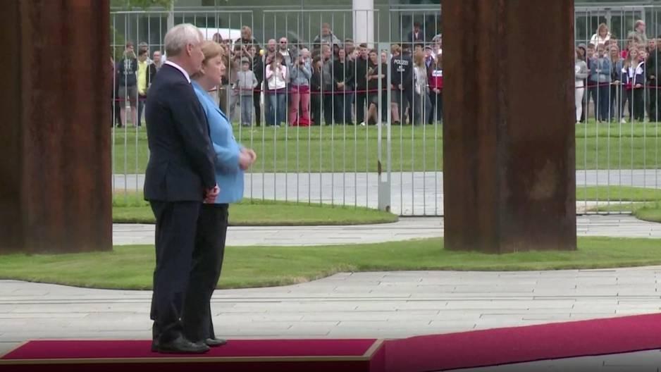Angela Merkel: Dritter Zitter-Anfall