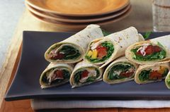 Wraps mit Putenbrust und Salat