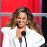 Promi-Looks: Beyonce in einem weißen Kleid