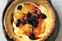 Brombeer-Apfel-Pfannkuchen
