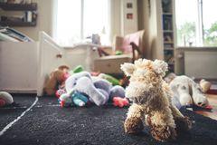 Kinderzimmer voller Spielzeug