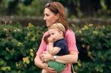 Prince Louis auf Kates Arm