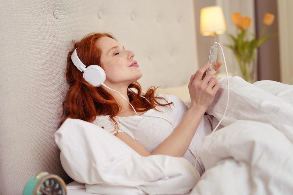 """""""Rosa Rauschen"""": Diese Klänge könnten die Schlafqualität deutlich verbessern"""