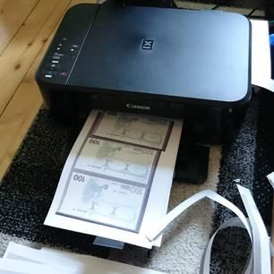 Tintenstrahldrucker mit Falschgeld
