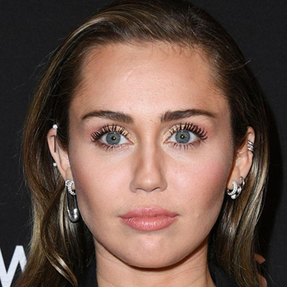 Überraschender Tod: Miley Cyrus ist in tiefer Trauer