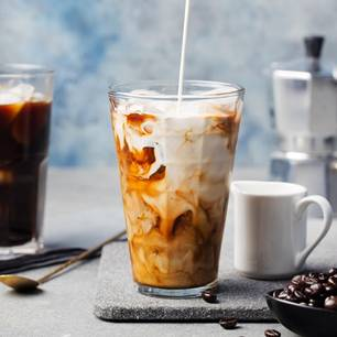 Kaffee-Drinks: Kalter Milchkaffee