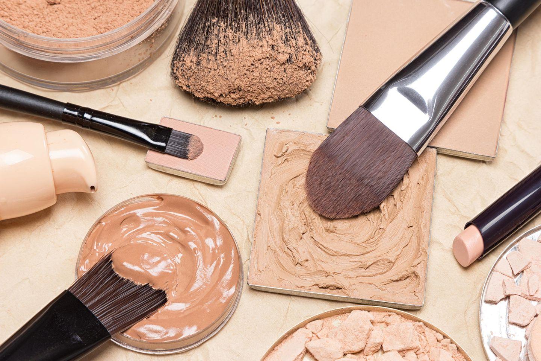 Die besten Beauty-Tricks aller Zeiten: Make-up-Produkte mit Pinseln