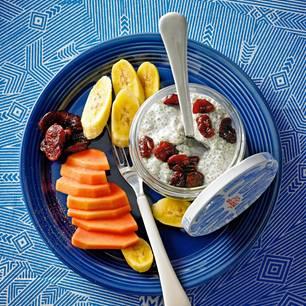Chia-Pudding mit Früchten