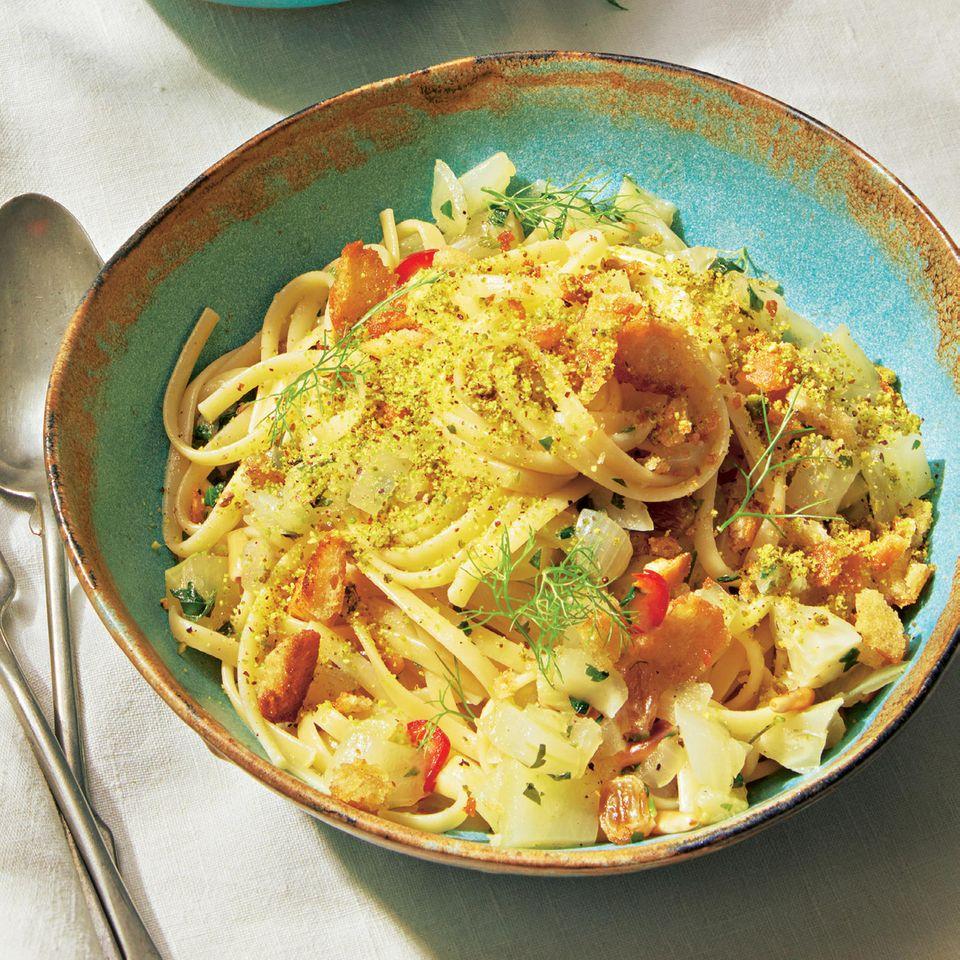 Pasta mit Fenchel und Pistazienstaub