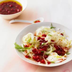 Fenchel-Mozzarella-Salat mit Johannisbeersoße