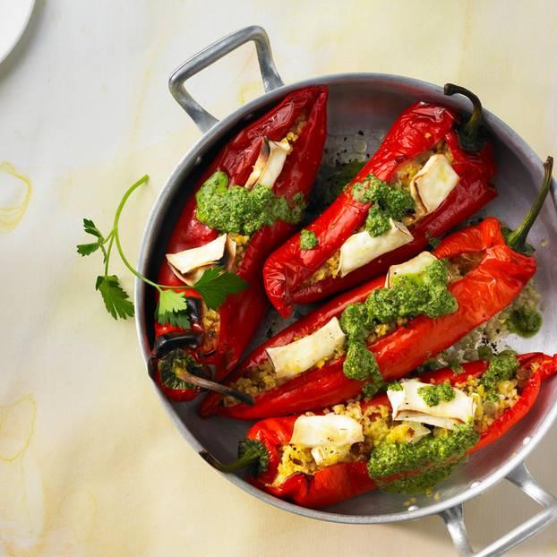 Gefüllte Paprika mit Salsa verde