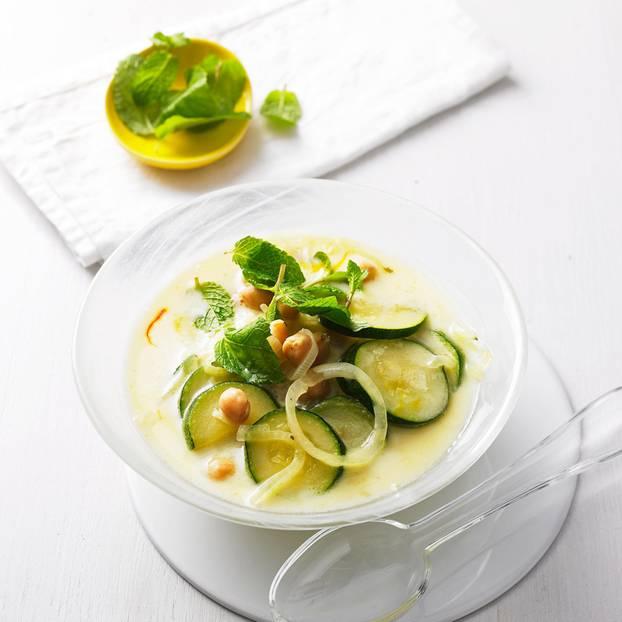 Marokkanische Zitronen-Joghurt-Suppe