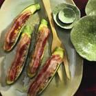 Zucchini mit Fleischfüllung und Bacon