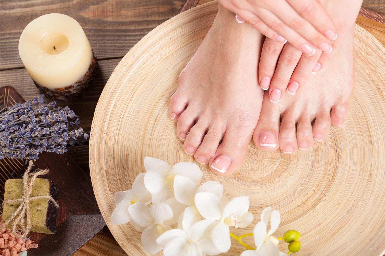 Dornwarze entfernen: Gesunde Füße