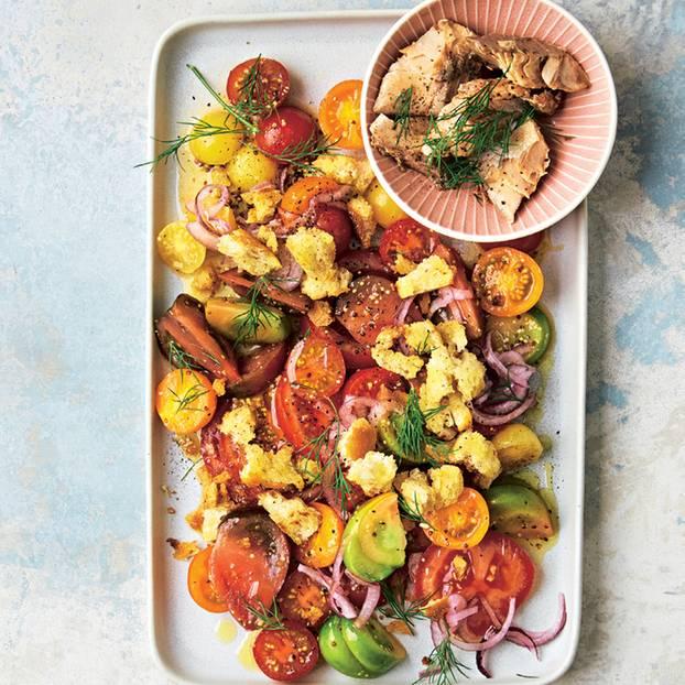 Tomatensalat mit Wildlachs