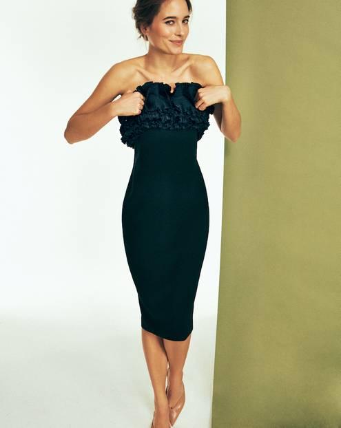 Das kleine Schwarze: Schwarzes, trägerloses Kleid