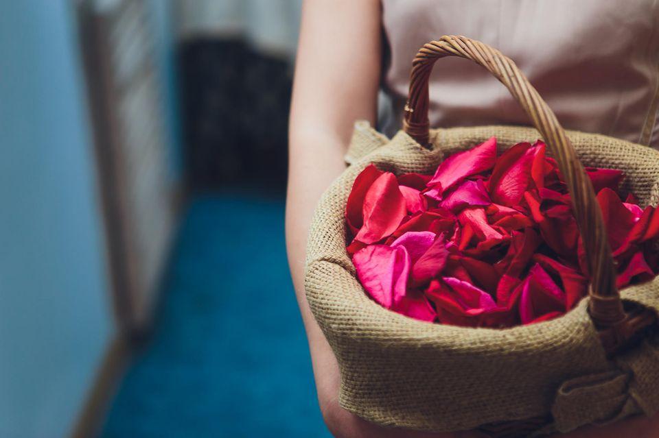 Das Blumenmädchen ist der geheime Star der Hochzeit