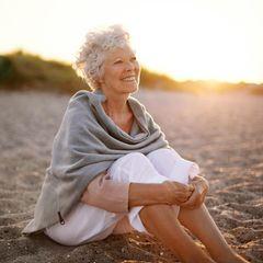 Horoskop: Eine zufriedene alte Frau