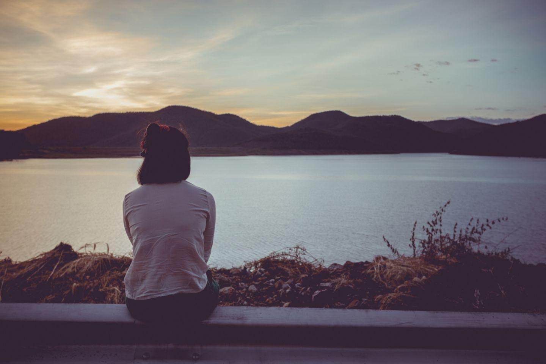 Menschen mit Depressionen geben sich Tipps, die wirklich helfen