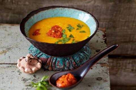 Kürbissuppe mit Harissa