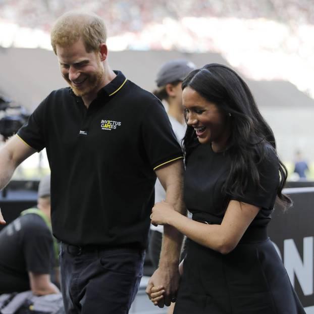 Prinz Harrys Freunde wollen ihn und Herzogin Meghan nicht mehr einladen