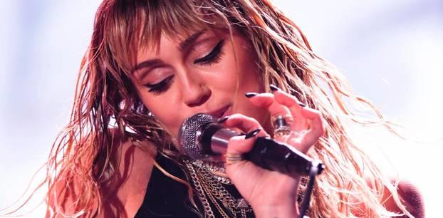 Miley Cyrus: Auf der Bühne