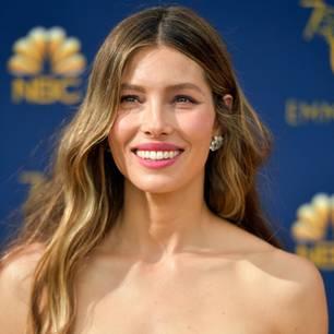 Stars ohne Make-up: Jessica Biel bei den Emmy Awards