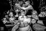 Hochzeitsfoto: Kinder vor Torte